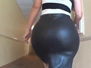 Ms. Cakes  massive pawg booty